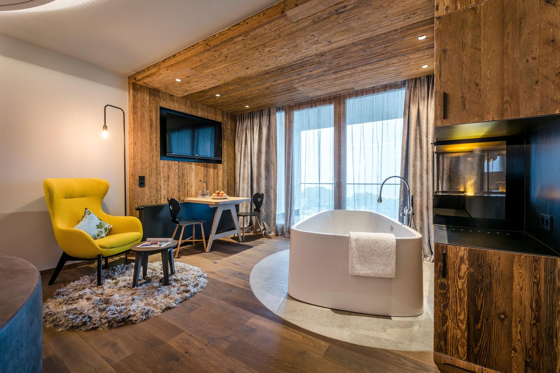 Romantik suite im hotel mit whirlpool im zimmer for Zimmer mit whirlpool bayern