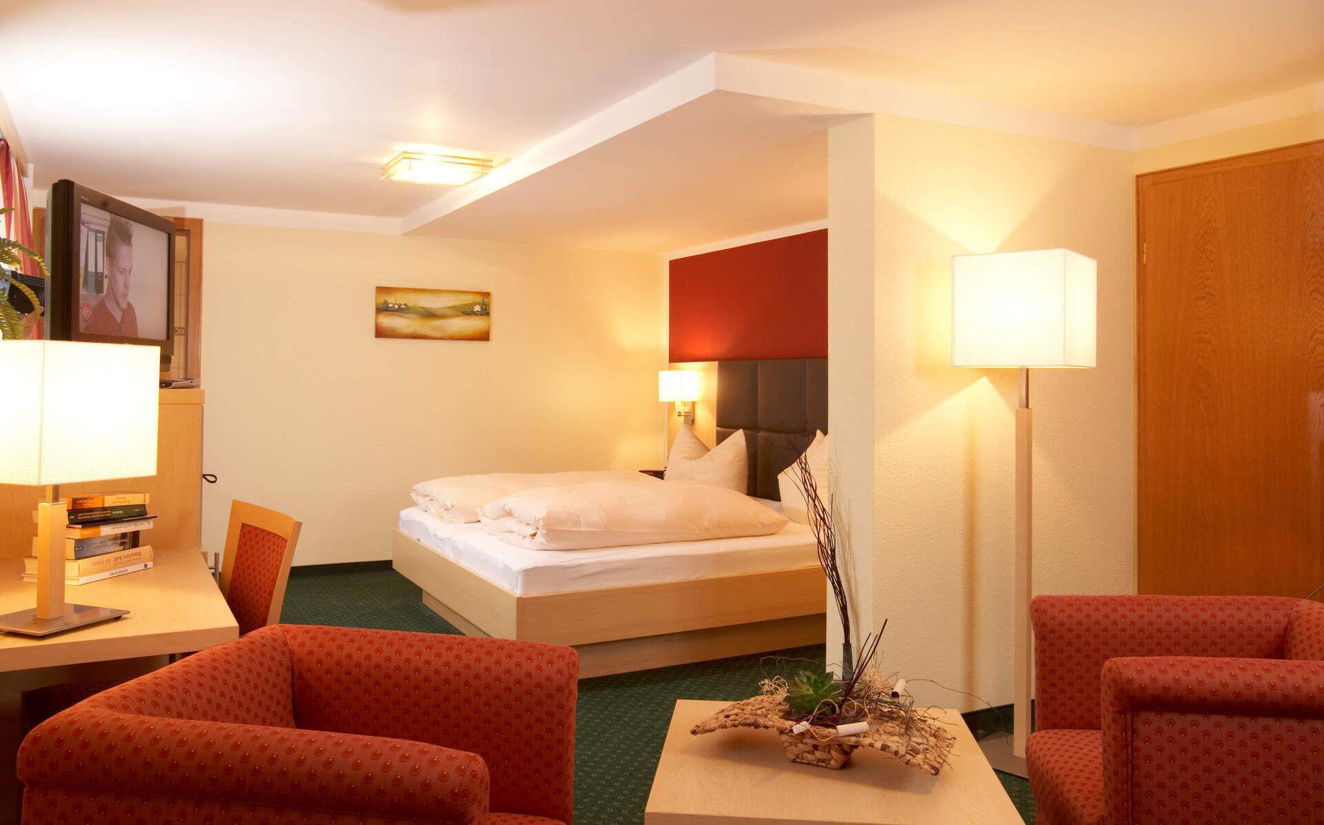 doppelzimmer tannenwald bayerischer wald wellnesshotel 4 sterne. Black Bedroom Furniture Sets. Home Design Ideas